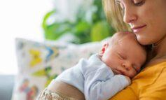 چرا شیر مادر برای نوزادان مفید است؟