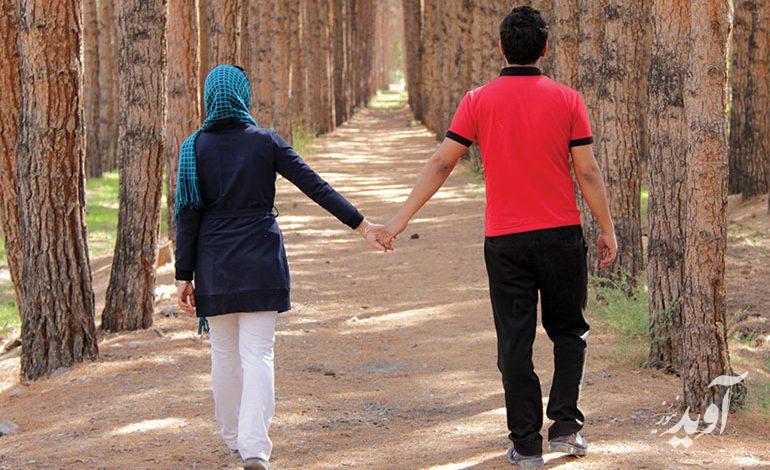 ارتباطات صمیمانه در زوجین چگونه شکل میگیرند؟